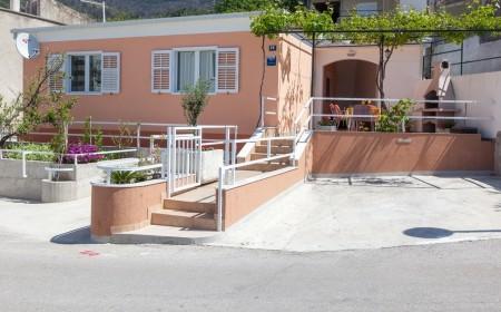 Villa Nedika